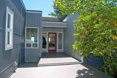 Cliffside-Modern-Beach-House-2