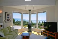 Cliffside-Modern-Beach-House-3