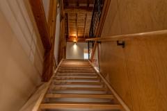 Modern-Maple-Stairwell
