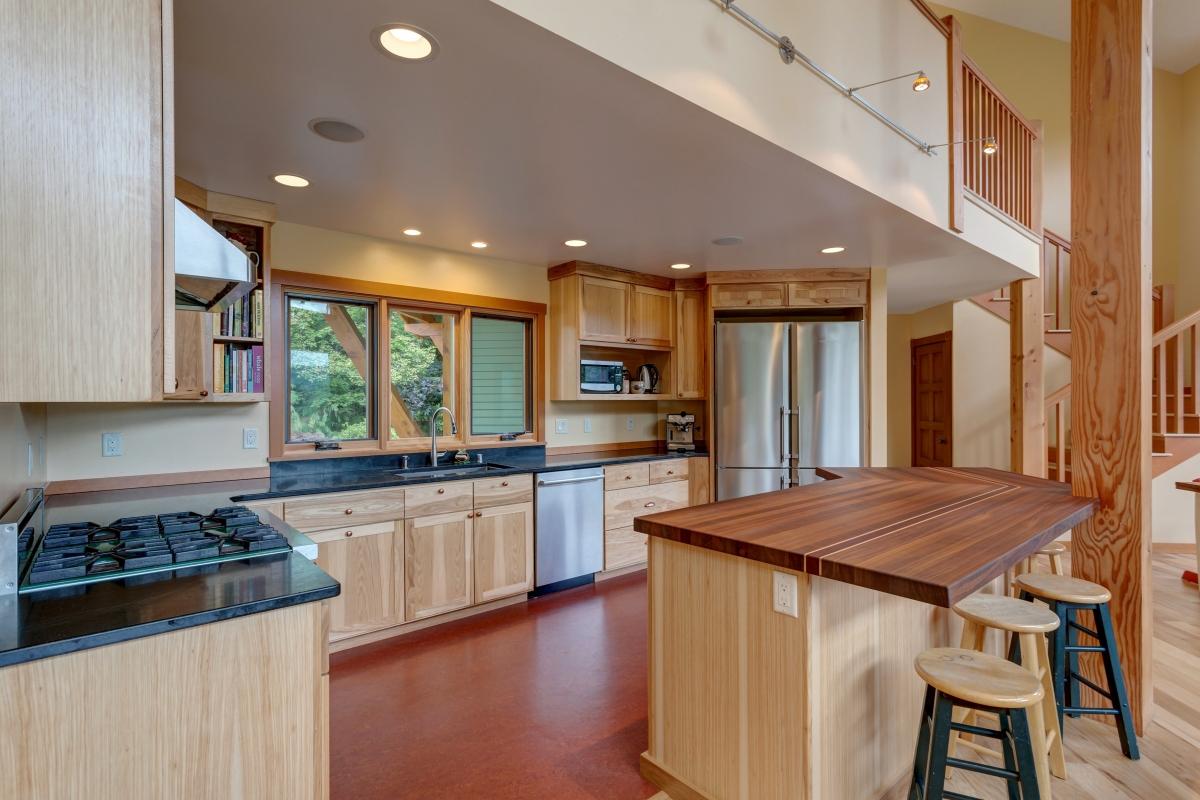Whatcom County Ranch-Kitchen-04